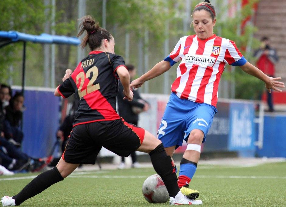 Temporada 2012-2013. Claudia peleó cada balón como si fuese el último