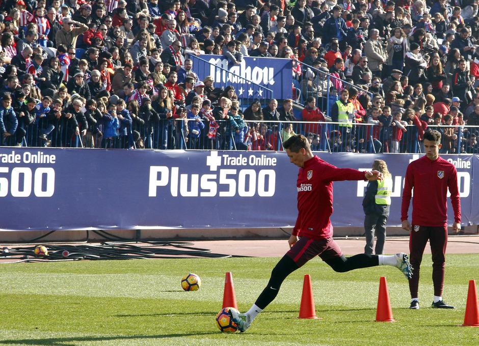 Entrenamiento puertas abiertas Calderón 4 enero 2017. Fernando Torres