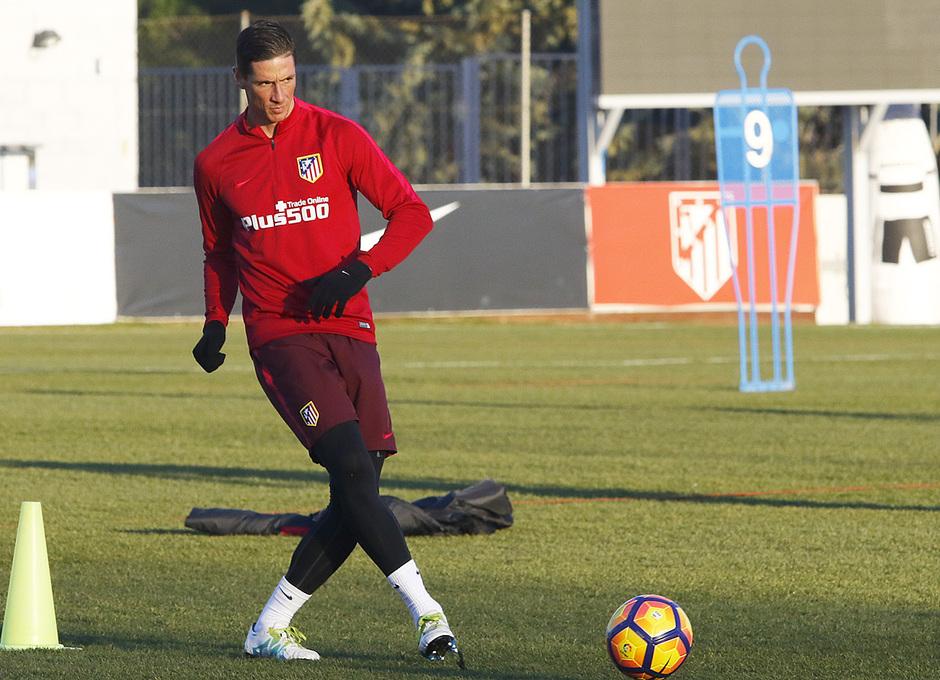 Entrenamiento 5-1-2017 en la Ciudad Deportva Wanda | Torres