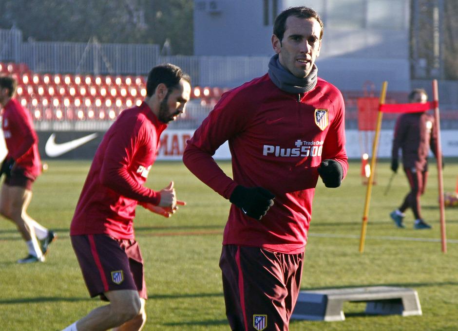 Temporada 2016-2017. Entrenamiento en la ciudad deportiva Wanda Atlético de Madrid 05_09_2017. Godín.