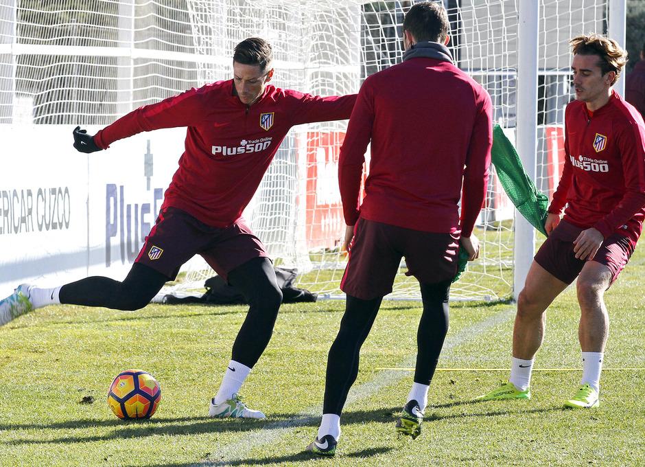 Temporada 2016-2017. Entrenamiento en la ciudad deportiva Wanda Atlético de Madrid 06_10_2017. Fernando Torres.