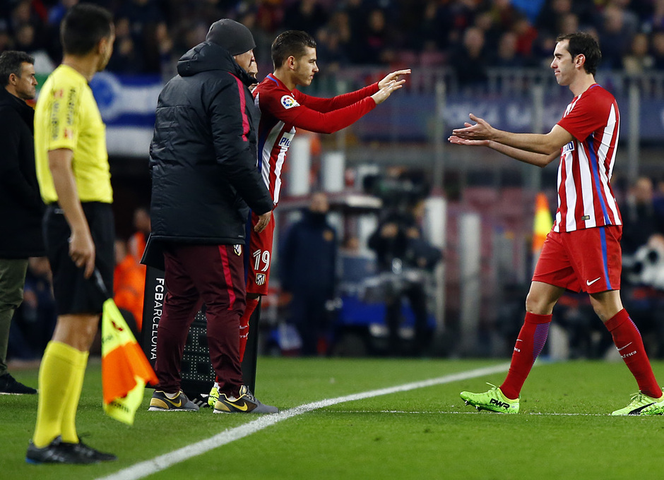 Temp. 16/17 | FC Barcelona - Atlético de Madrid | Lucas y Godín