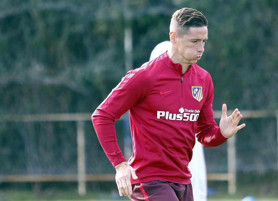 Temporada 16/17 | Entrenamiento en la Ciudad Deportiva Wanda | 09/02/2017 | Fernando Torres