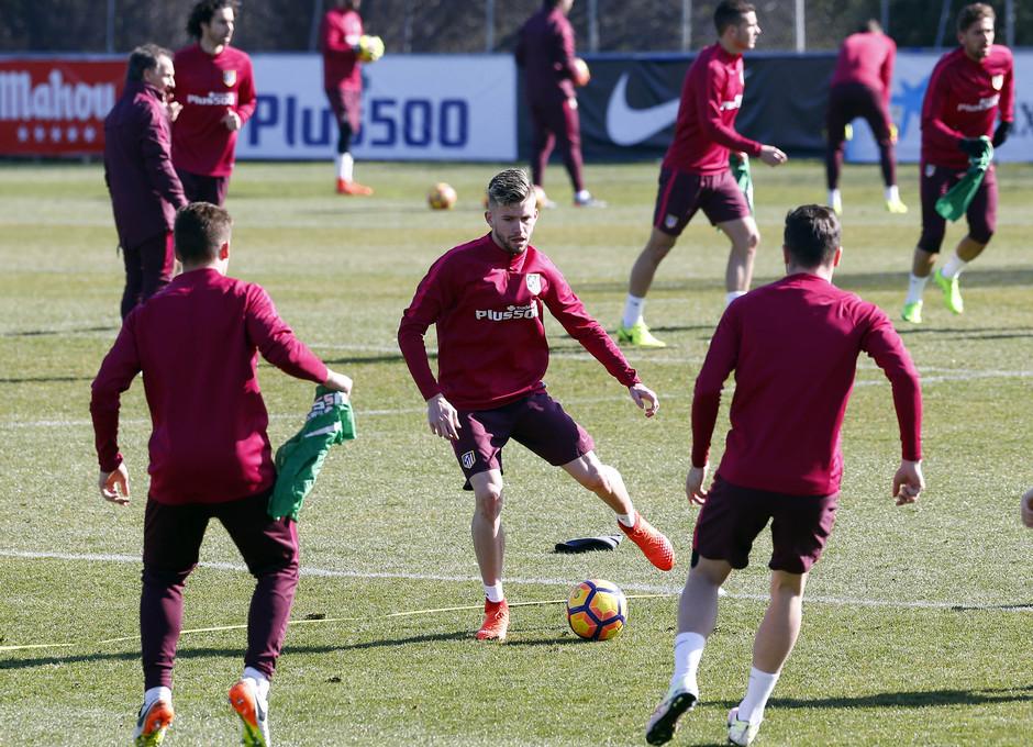 Temporada 2016-2017. Entrenamiento en la ciudad deportiva Wanda Atlético de Madrid 16_02_2017. Ejercicios.