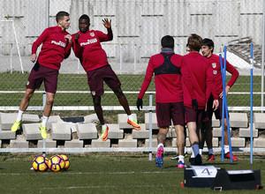 Temporada 2016-2017. Entrenamiento en la ciudad deportiva Wanda Atlético de Madrid 16_02_2017. Lucas y Thomas.