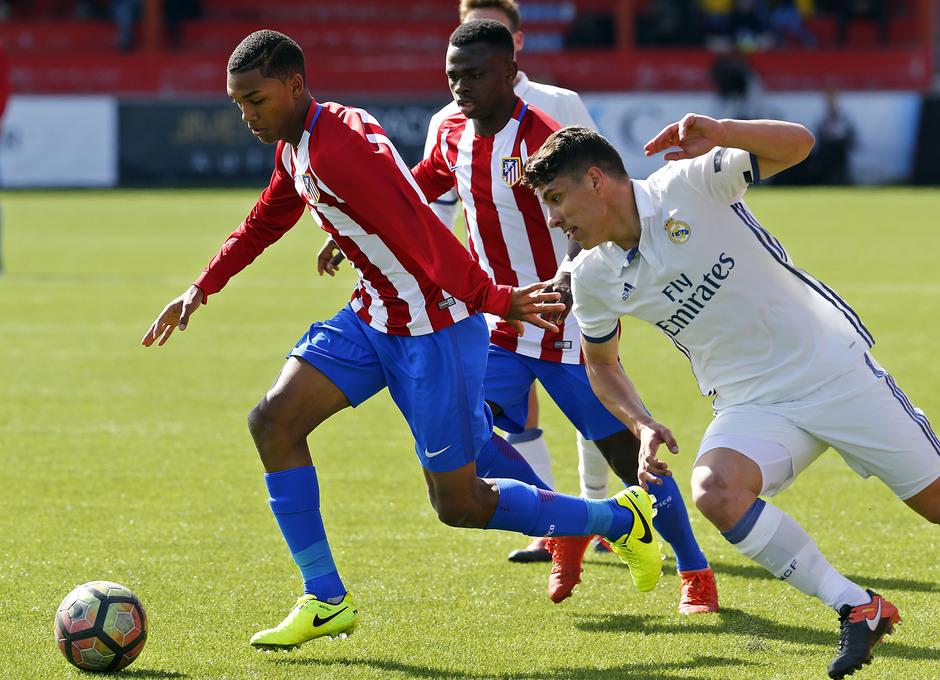 Temporada 2016-2017. Partido entre el Atlético de Madrid Juvenil División de Honor contra el Real Madrid. 04_03_2017. Manny.