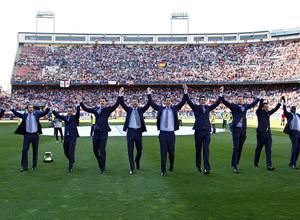 Temporada 12/13. Partido Atlético de Madrid - Barcelona. celebración campeones de balonmano