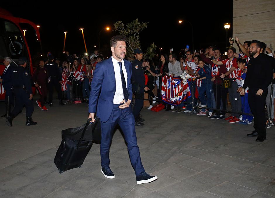 Temporada 2016-17. Llegada a Granada. Simeone