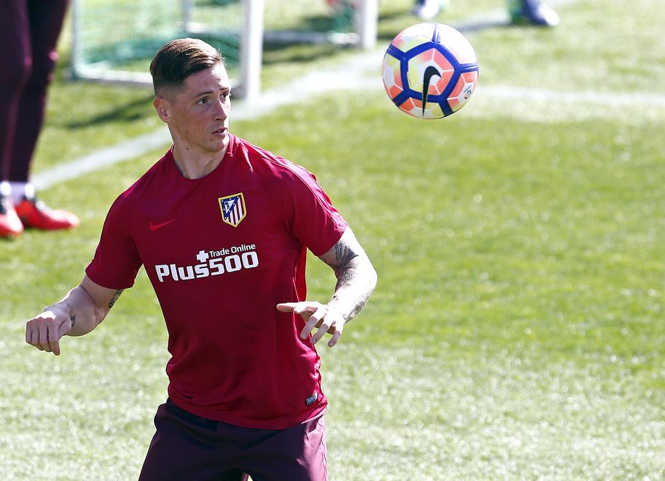 Temporada 2016-2017. Entrenamiento de la primera plantilla. 17_03_2017. Torres.