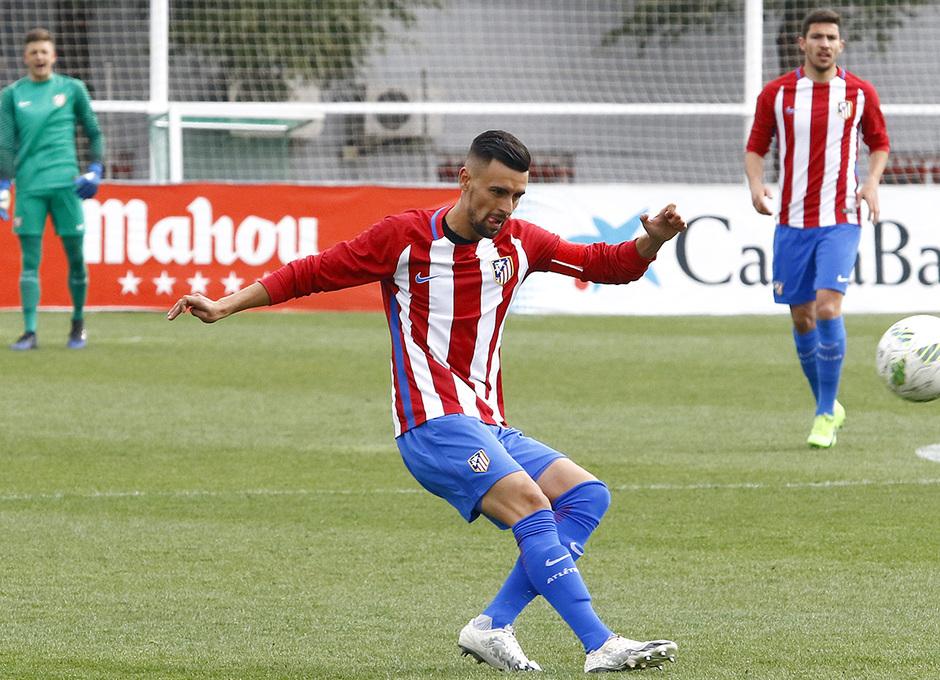 Temp. 16/17 | Atlético de Madrid B - Villanueva del Pardillo | Rafa Muñoz