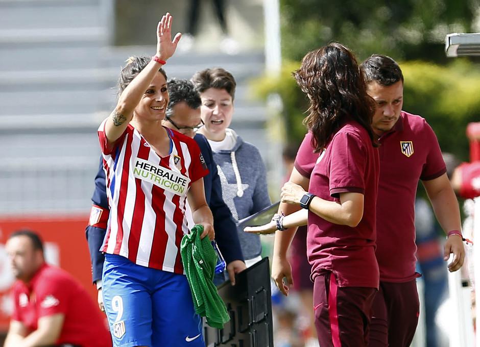 temporada 2016-2017. La otra mirada del partido entre el Atlético de Madrid Femenino contra Santa Teresa. 22_04_2017.
