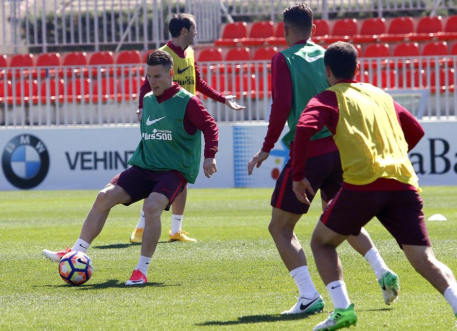 Entrenamiento 27/04/2017 | Ciudad Deportiva Wanda | Gameiro