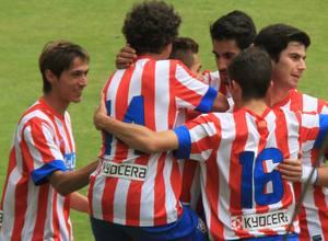 Los juveniles festejan el gol conseguido por Ivi ante Las Palmas en Copa
