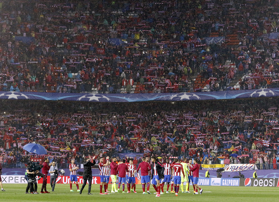 Temp. 16/17 | Atlético de Madrid - Real Madrid | Ovación final