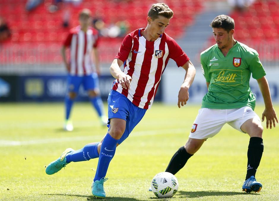 Temporada 2016-2017. Partido entre el Atlético de Madrid B contra el Alcobendas Levitt. 14-05-2017. Álex.