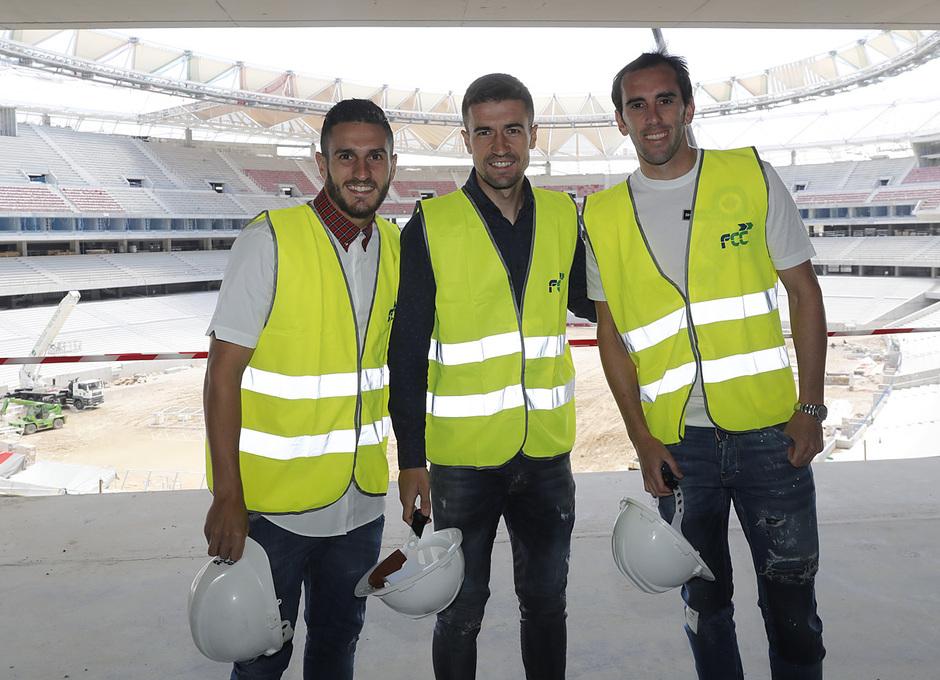 Temp. 2016/2017. Visita de la primera plantilla al Wanda Metropolitano