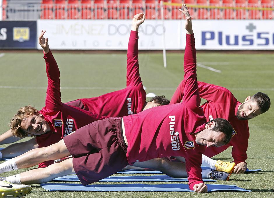 Temporada 16/17 | 19/05/2017 | Entrenamiento en la Ciudad Deportiva Wanda | Griezmann y Godín