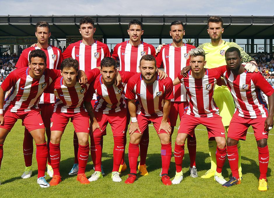 Once del Atlético B en el partido de ida del 'play off' de ascenso en Torrelavega ante la Gimnástica