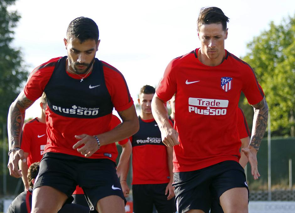Temp. 17-18 | Entrenamiento en la Ciudad Deportiva Wanda. 8/7/2017. Torres y Augusto