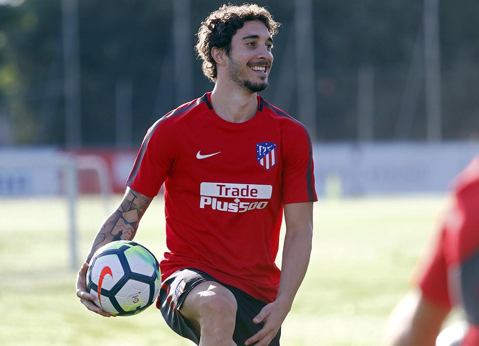 Temp. 17-18 | Entrenamiento en la Ciudad Deportiva Wanda. 8/7/2017. Vrsaljko