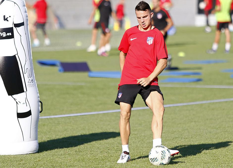 Temp. 17-18 | Primer entrenamiento de la temporada del Atlético de Madrid B | Kilian Durán