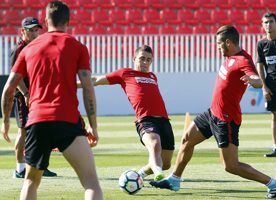Temporada 2017-18. Entrenamiento 03/08/2017 | Santos Borré y Koke