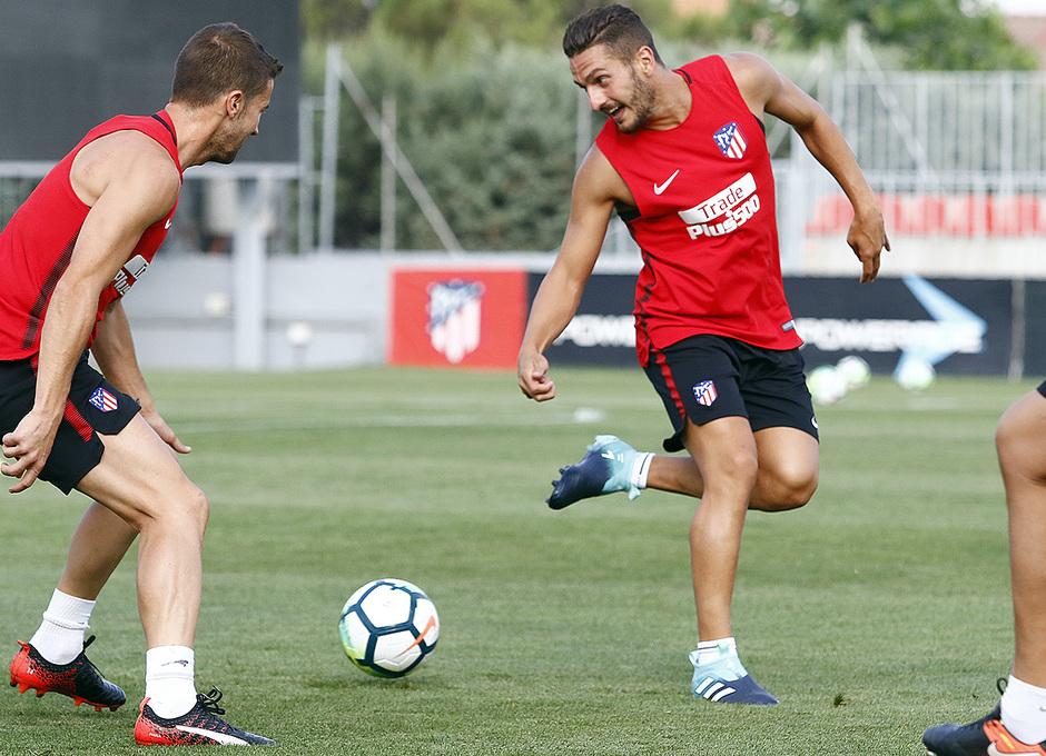 Temporada 16/17 | 04/08/2017 | Entrenamiento en la Ciudad Deportiva Wanda | Koke