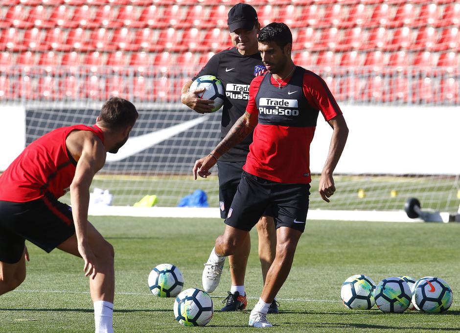 Temporada 17/18 | Entrenamiento en la Ciudad Deportiva Wanda. 05_08_2017. Augusto.