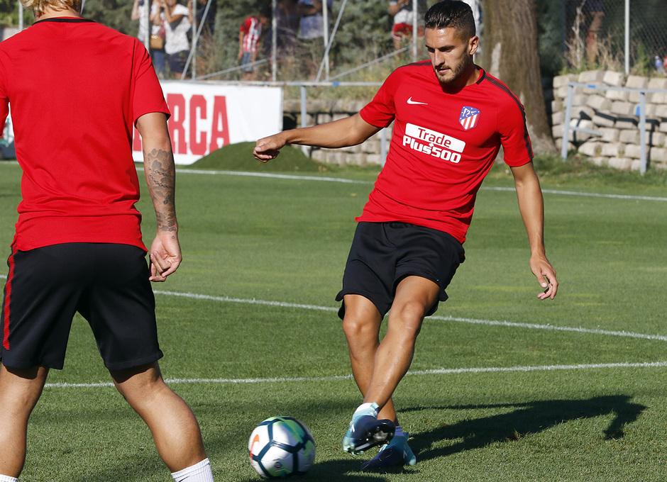 08/08/2017 | Entrenamiento en la Ciudad Deportiva Wanda | Koke