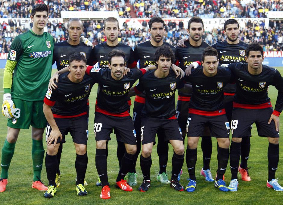 Temporada 12/13. Real Zaragoza - Atlético de Madrid. Foto inicial de los once elegidos por Simeone.