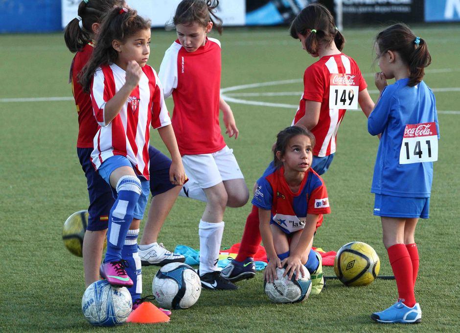Temporada 2012-2013. Las futbolistas disfrutaron durante las pruebas de acceso