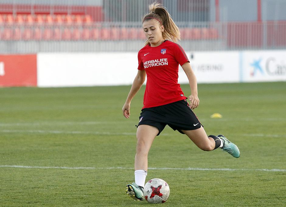 Temporada 17/18 | Femenino | 03/10/2017 | Entrenamiento en la Ciudad Deportiva Wanda | Menayo