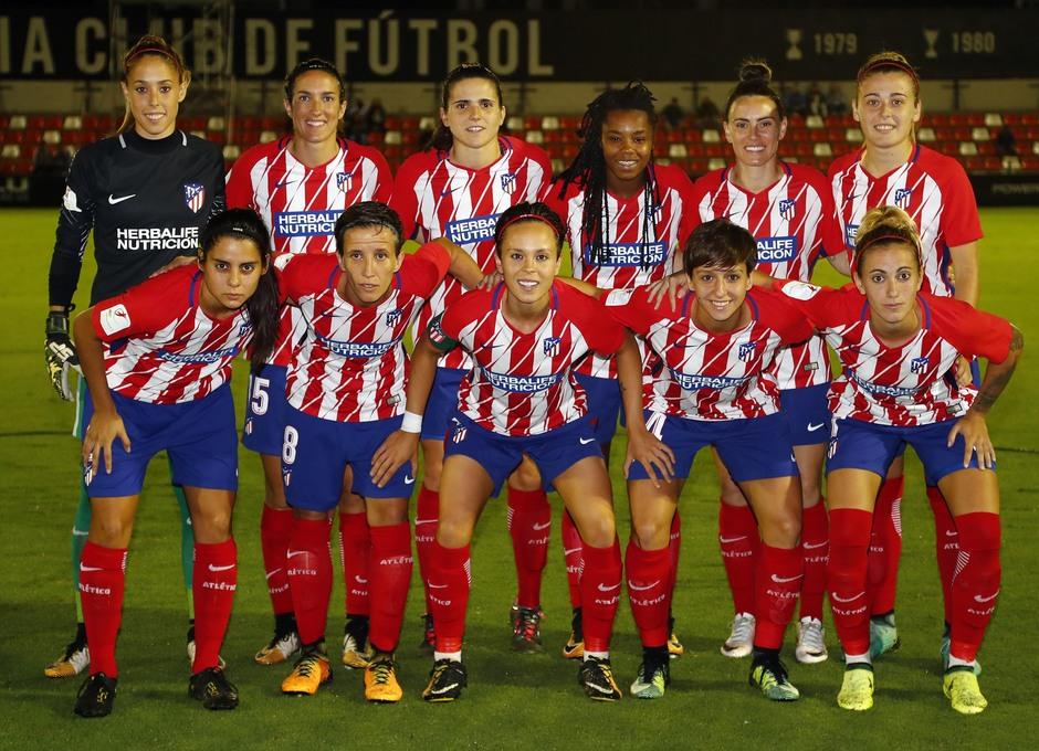 Temporada 17/18. Partido entre el Valencia Femenino contra el Atlético de Madrid Femenino. Once.