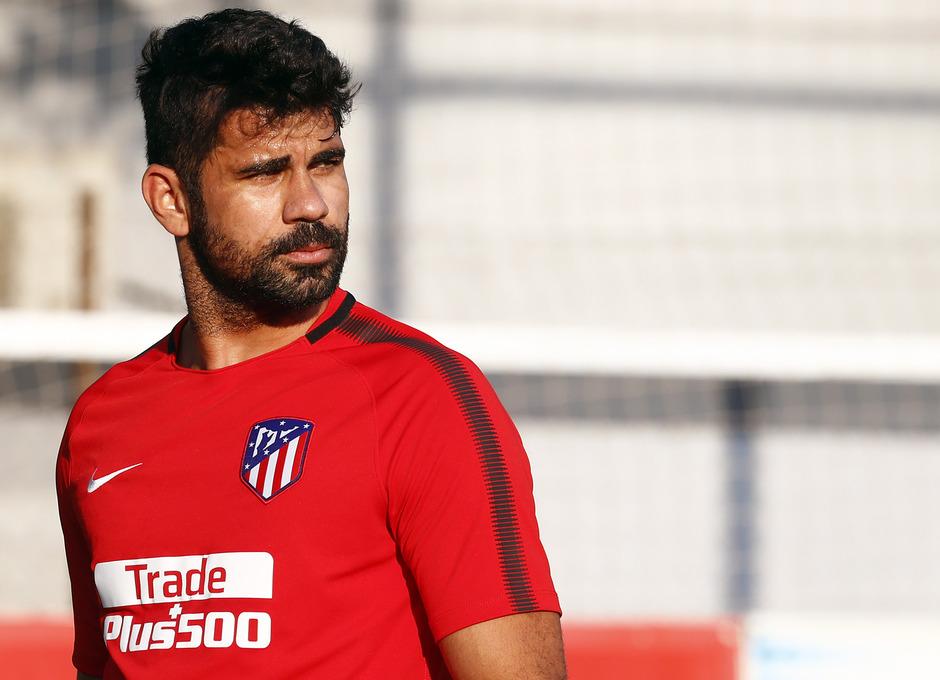 Temporada 17/18. Entrenamiento en la ciudad deportiva Wanda Atlético de Madrid 11_10_2017. Diego Costa.