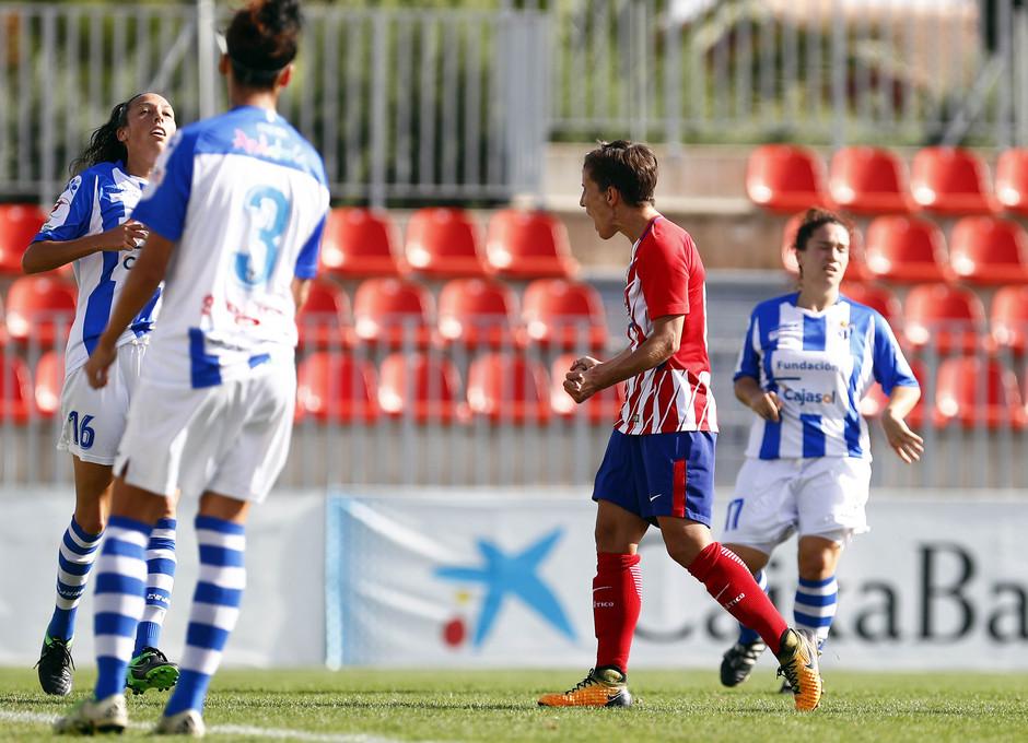 Temporada 17/18. Partido entre el Atlético de Madrid Femenino contra el Sporting de Huelva. Celebración del gol de Sonia.