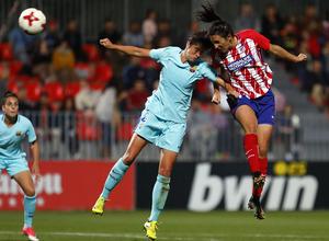 Temporada 17/18. Partido entre el Atlético de Madrid Femenino contra FC Barcelona. Meseguer.