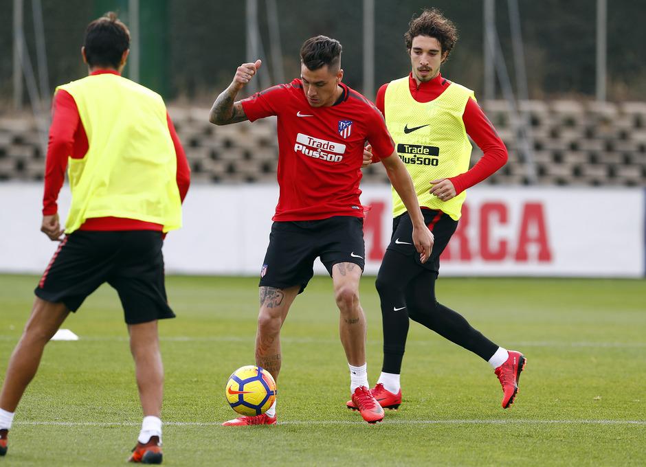 Temporada 17/18. Entrenamiento en la ciudad deportiva Wanda Atlético de Madrid 01_10_2017. Giménez.