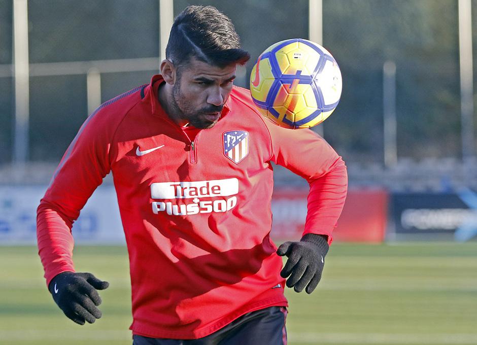 Temporada 17/18 | 13/11/2017 | Entrenamiento en la Ciudad Deportiva Wanda | Costa
