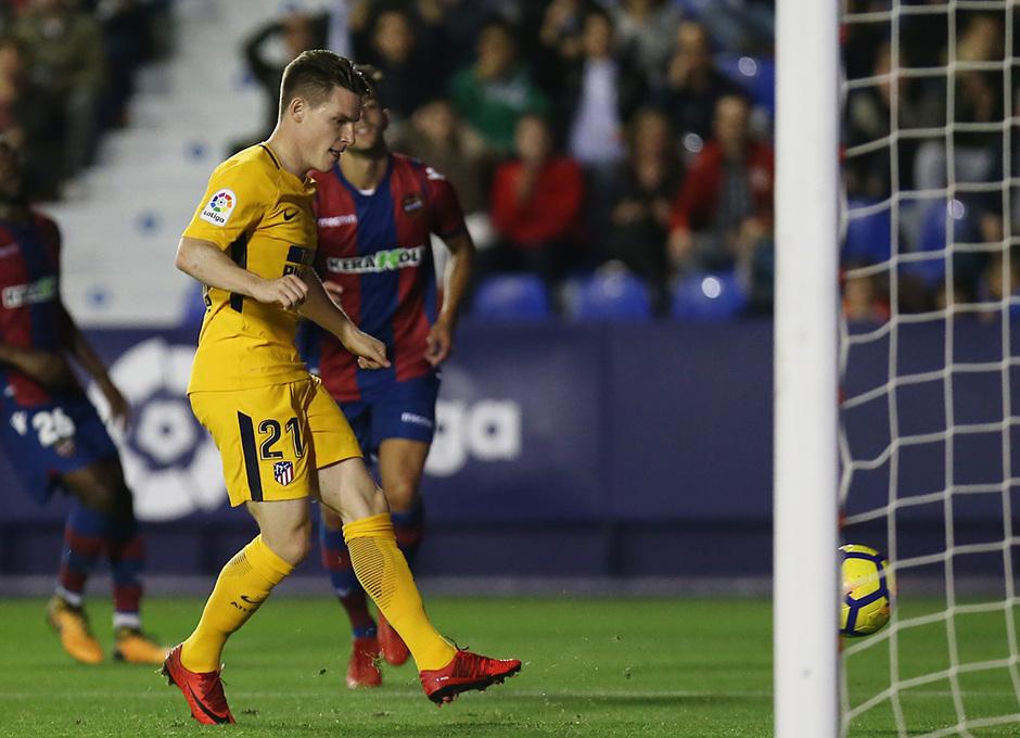 Temp. 17-18 | Levante - Atlético de Madrid | Gameiro