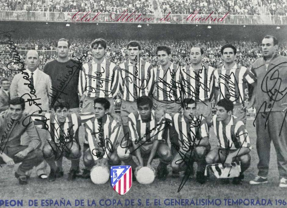 Collar, con el equipo que conquistó la Copa del Generalísimo en la temporada 64-65 ante el Zaragoza (1-0)