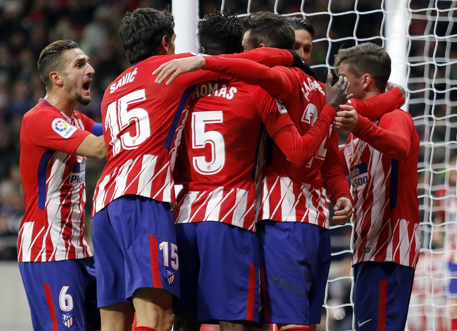 Temp. 17-18 | Atlético de Madrid - Elche | Piña