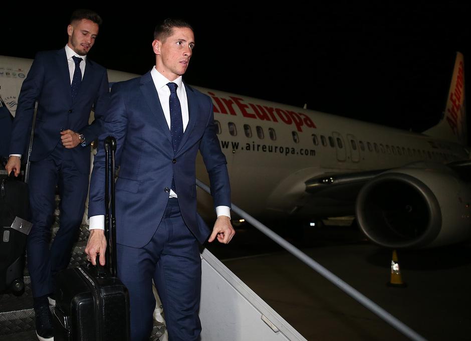Temporada 17/18. Llegada del equipo a Londres para el Chelsea-Atlético. Torres