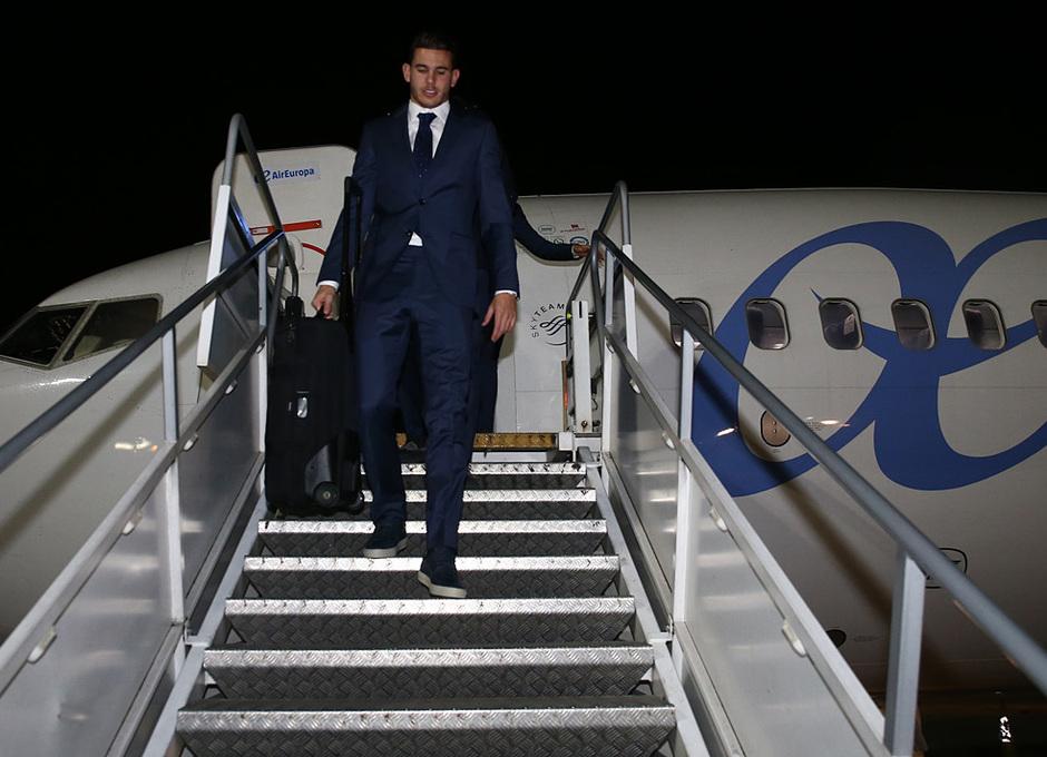 Temporada 17/18. Llegada del equipo a Londres para el Chelsea-Atlético. Lucas