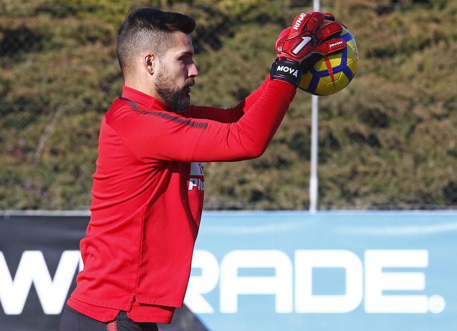 Temporada 17/18 | Entrenamiento en la Ciudad Deportiva Wanda | 11/01/2018 | Moyá