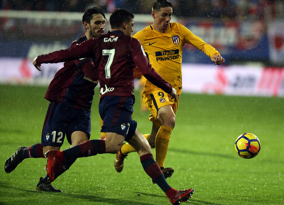 Temp. 17-18 | Eibar - Atlético de Madrid | Torres