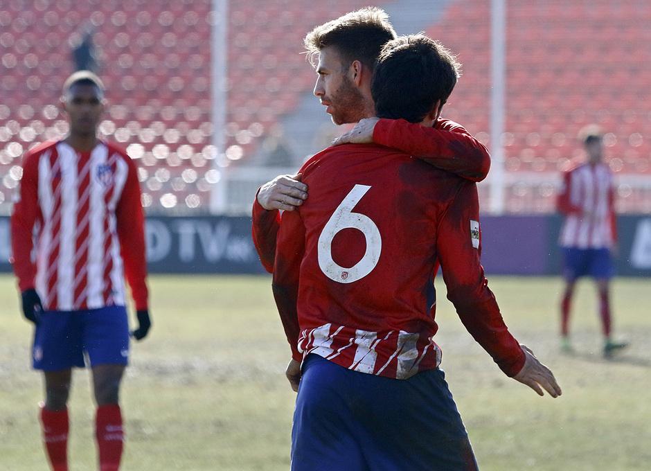 Temporada 17/18 | Atlético B - Adarve | Final del partido. Olabe y Sergi