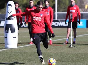 temporada 17/18. Entrenamiento en la ciudad deportiva Wanda. Filipe durante el entrenamiento.