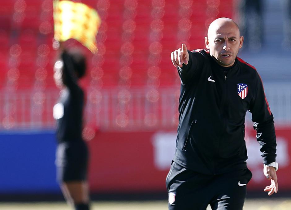 Temporada 17-18. Partido Atlético de Madrid femenino- Santa Teresa. Villacampa.