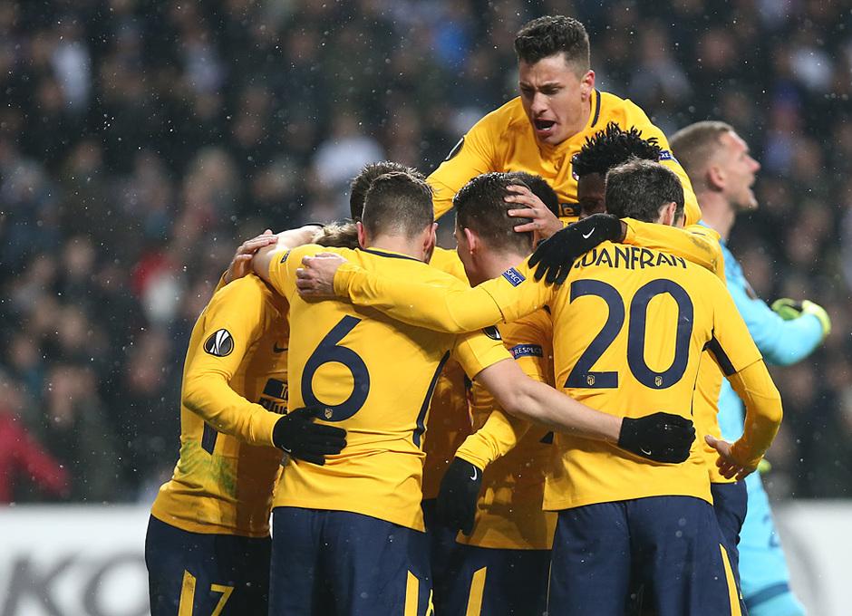 Europa League   Copenhague - Atleti - Celebración grupo gol de Gameiro