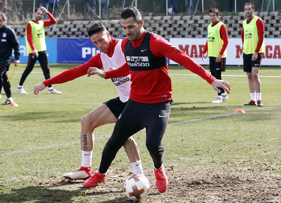 Entrenamiento | 19-02-18 | Fernando Torres y Vitolo
